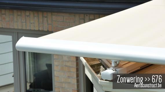 Zonwering brustor B-127 verandazonwering